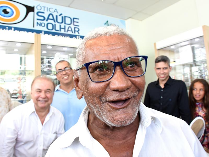 5f7f5d91cbc79 Depois de inaugurar, pela manhã, o Centro Especializado em Reabilitação e  Clínica da Dor, o prefeito entregou para ...